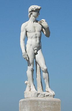 Statue_de_David_à_Marseille