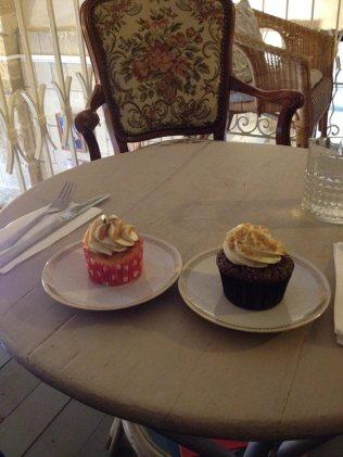 Cupcakes Mary Cherry