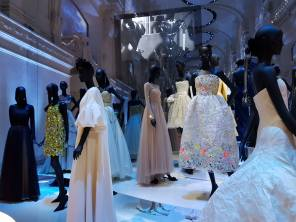 Robes exposition Christian Dior 3