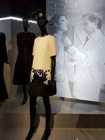 Robes exposition Christian Dior 7