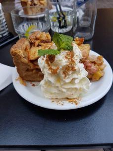 tarte aux pommes chez De Drie Graefjes Amsterdam