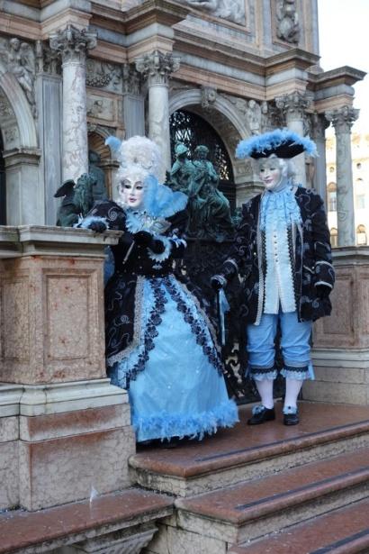 carnaval de venise blue