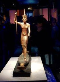 Statue représentant Toutânkhamon
